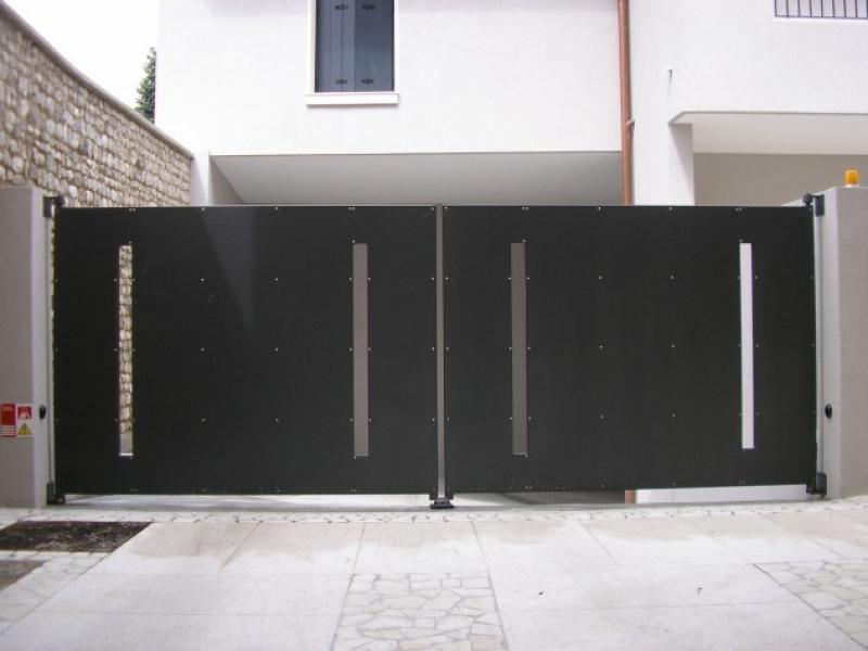 Recinzioni Per Giardino In Pvc.Produzione E Installazione Recinzioni Pvc Inox Ferro Acciaio